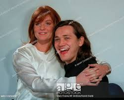 Patsy Palmer & Sid Owen 'Bianca' & 'Ricky' Eastenders Patsy Palmer & Sid  Owen 02 April 1996, Stock Photo, Picture And Rights Managed Image. Pic.  MEV-12052852 | agefotostock