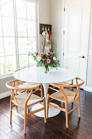 elegant white round kitchen table 25 best small round kitchen table ideas on round