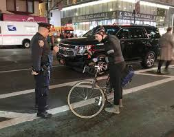 Bicycle Red Light Ticket Nyc After Cyclist Is Killed On Eighth Avenue Nypd Cracks Down