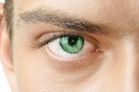 ارتباط بین چشم قهوه ای و بروز اختلال عاطفی فصلی
