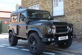 land rover defender 2017. we review the kahn land rover defender from price to economy and all its features 2017