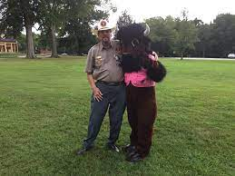 Volunteer Jerry Jett and Buffy tonight... - Shiloh National Military Park |  Facebook