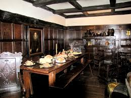 elizabethan styled dining room useful especially because it shows