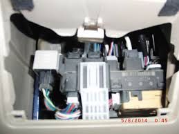 2005 coralla s radio clock fuse toyota nation forum toyota this is what s behind left compartment door grey flasher relay box is on the left fuses are not accessible from here