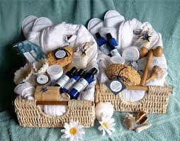 attractive ideas for a wedding gift basket 1000 ideas about wedding gift baskets on gift baskets