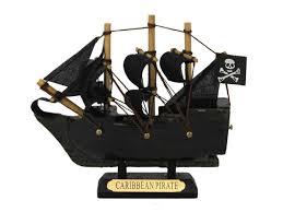 wooden caribbean pirate ship model 4