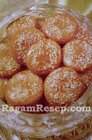 Kue kering rasanya tak boleh absen dari perayaan idulfitri. Resep Kue Kering Kayu Manis Kelapa Parut Ragam Resep