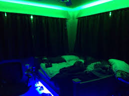 Stoner Bedroom Blacklight Ayathebook Com