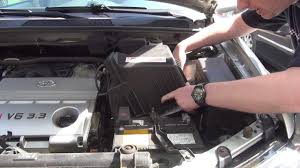 Toyota Highlander Engine Air Intake Filter Check / Replace - YouTube
