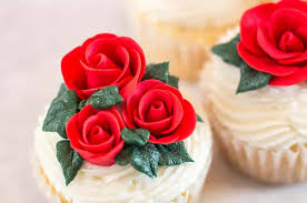 Easy Fondant Rose Without Tools I Scream For Buttercream