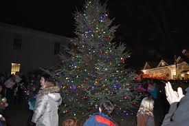 Cranbury Christmas Lights Cranbury Residents Enjoy Tree Lighting With Activities And