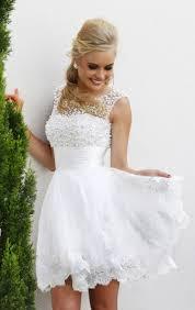 Kurze Brautkleider für einen stilvollen Look - Modelle & Tipps für ...