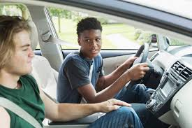 Lowering the driving age for teens