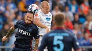 Trabzonspor, penaltı atışlarında Molde'yi 4-3 yendi ve UEFA Konferans  Ligi'nde Roma'nın rakibi oldu - Kesih