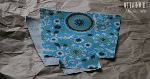 making reusable snack bags with teal fabric