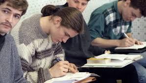Сонин если студенты скачивают рефераты виноват преподаватель   менеджмента Студенты факультета менеджмента