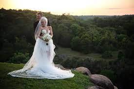Wedding to Blake Shelton ...