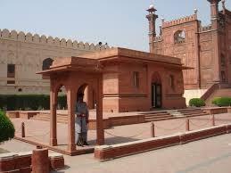 i nationalism the mausoleum of iqbal next to badshahi masjid lahore