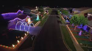Christmas Lights Gilbert Az 2018 Christmas On Comstock Light Show The Great Christmas Light Fight