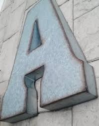 42 metal letter wall art vintage distressed metal sign letter g wall decor outdoor nautical beach sign what 039 s it worth swinkimorskie org
