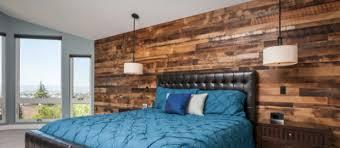 to install a reclaimed wood wall like
