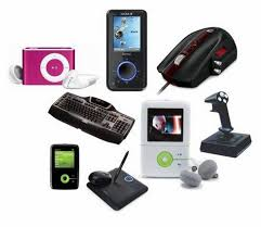Best 25 Teenage Boy Christmas Gifts Ideas On Pinterest  DIY Gadget Gifts For Christmas