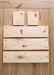 this rustic wood box centerpiece is perfect for displaying flowers and other decorative items on your