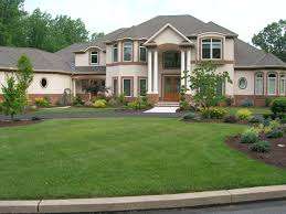 Improve Curb Appeal with Front Yard Landscaping |