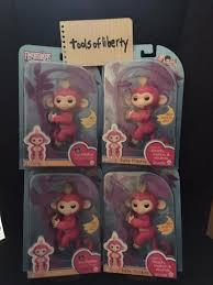 WowWee Fingerlings Interactive Baby Monkey Toy - Bella (pink w ...