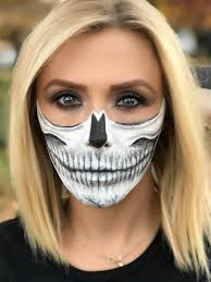have you guys every tried a crazy makeup look for halloween i never have until last year in fact i don t think i ve even dressed up for halloween as an