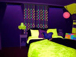blacklight channel how do you determine many black lights needed for room neon sheets light setup