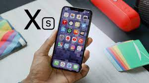 Apple iPhone Xs Review: A (S)mall Step Up! - YouTube