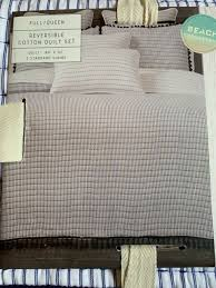 queen reversible quilt set shams white