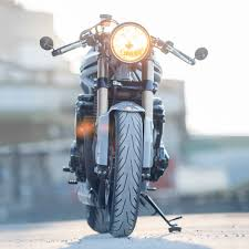 the outlaw turning the suzuki bandit 600 into a modern day cafe racer
