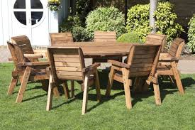 hgg round wooden garden table and 8 chairs dining set outdoor patio solid wood