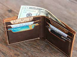 bifold wallet for men