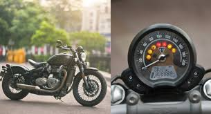 triumph bonneville bobber review moving sculpture motoroids