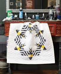 Bzzzzzz Mini Quilt Kit | Keepsake Quilting &  Adamdwight.com