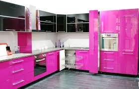 Fesselnd moderne offene Küche design mit rosa Hochglanz Küche