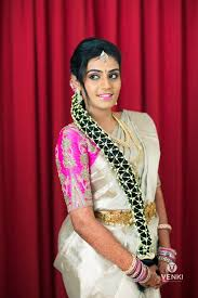 chitra senthil ar is actually from pollachi who started bridal makeup in the year 2000 she has specialised in hd makeup exclusively for south indian