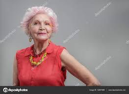 Usměvavá Starší žena S Módní účes Stock Fotografie Iakovenko123