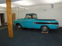 Lambrecht 1958 Chevrolet Cameo preserves history of auction