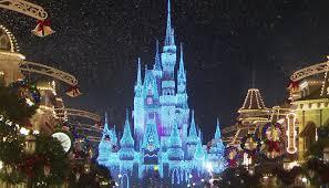 2015 - 2016 holiday highlights at Disney World (video) | Orbitz