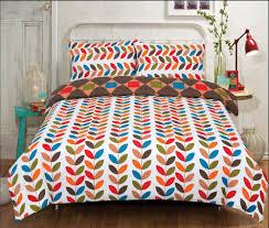 all seasons multi colour leaves bedding single double