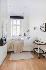 Small Room Bedroom 17 Best Ideas About Small Bedrooms On Pinterest Ideas For Small