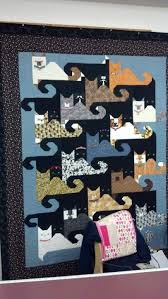 Another tessellating cat quilt - love the little kitty faces ... & Another tessellating cat quilt - love the little kitty faces Adamdwight.com