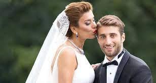 Model Ebru Şancı ve futbolcu eşi Alpaslan Öztürk, öpüşürken görüntülendi -  Dailymotion Video