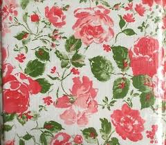 round pink roses tablecloth nip