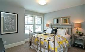 Grey carpet what color walls Mixed Grey Grey Carpet Bedroom Dark Decor Gray Ideas Yellow And Designs Home Improvement Alluring Des Odstresownik Grey Carpet Bedroom Dark Decor Gray Ideas Yellow And Designs Home