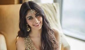 Indian Actress Height And Weight Chart Warina Hussain Wiki Height Age Boyfriend Net Worth Bio